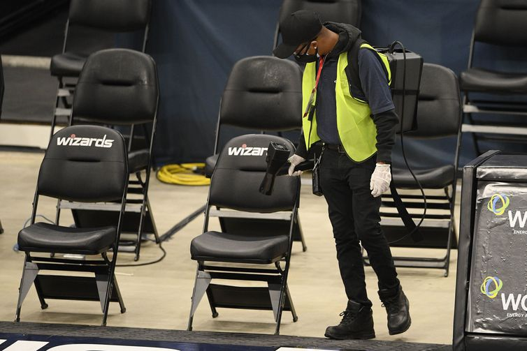 Employee nba seat cleaning