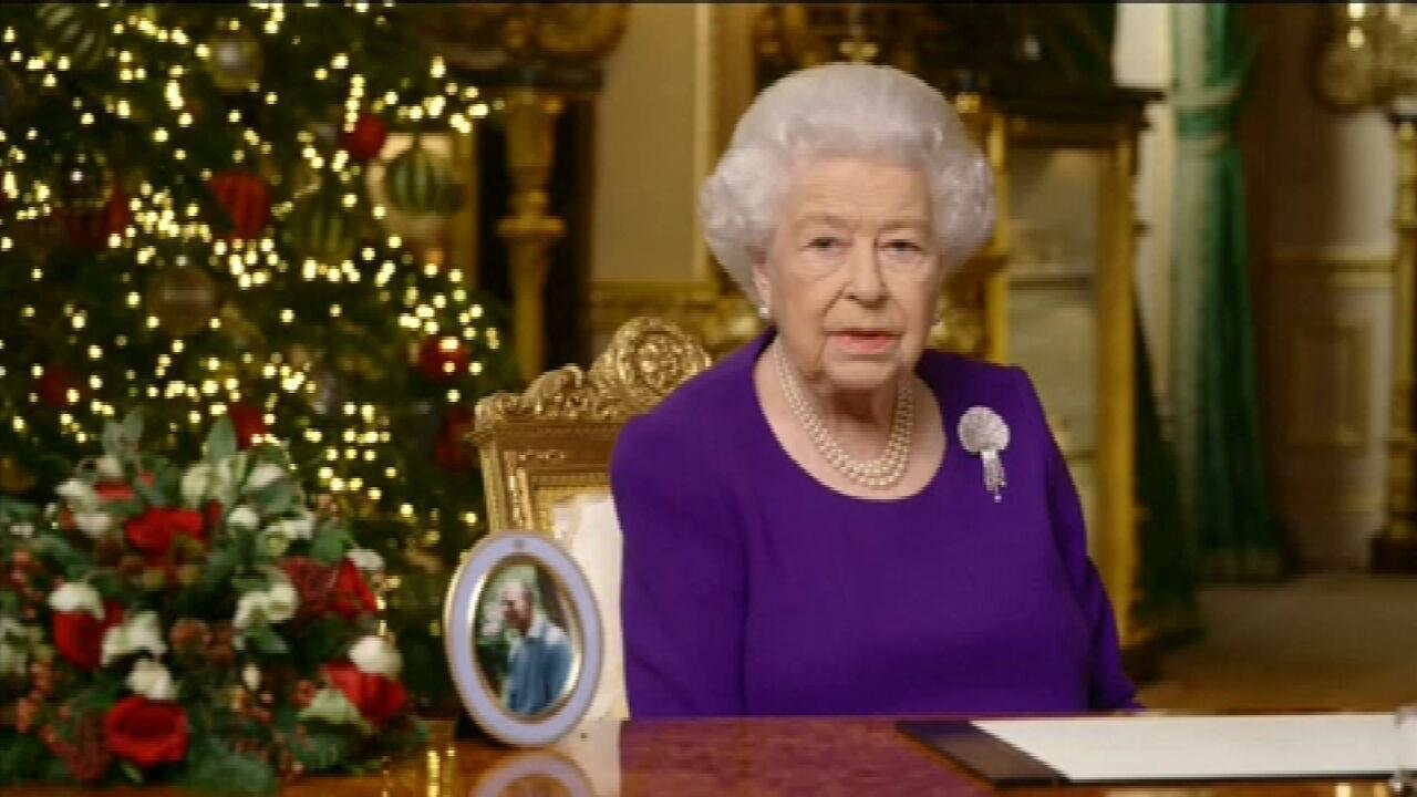 Queen Elizabeth II Announces Traditional Christmas