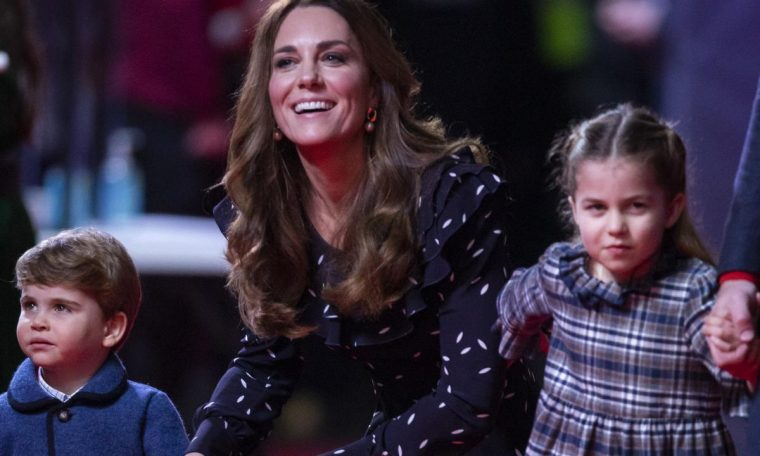 Kate Middleton and Prince William take George, Charlotte and Lewis to the red carpet show