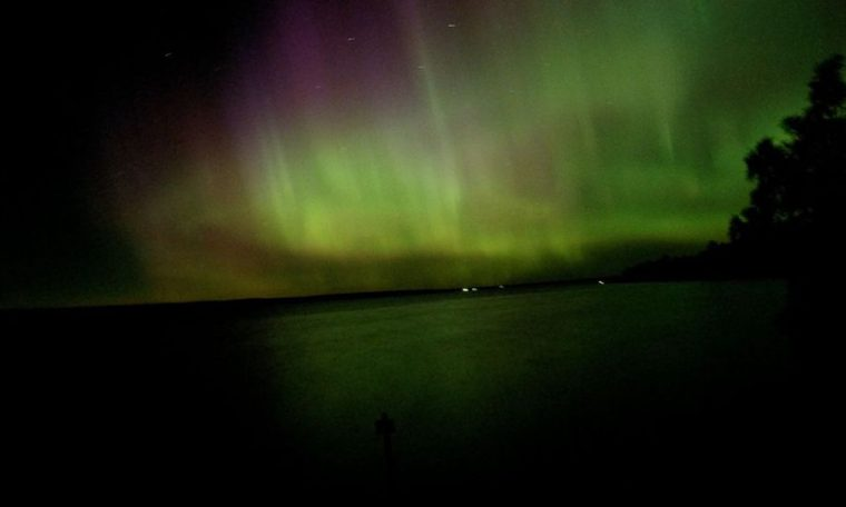A glimpse of the Northern Lights