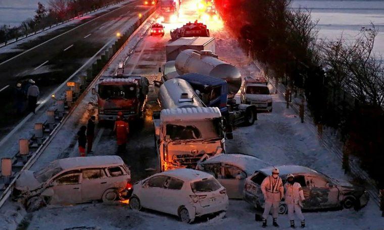 acidente envolvendo 134 veiculos no japao