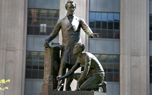 Boston removed the statue commemorating the abolition of slavery in the United States - GQ