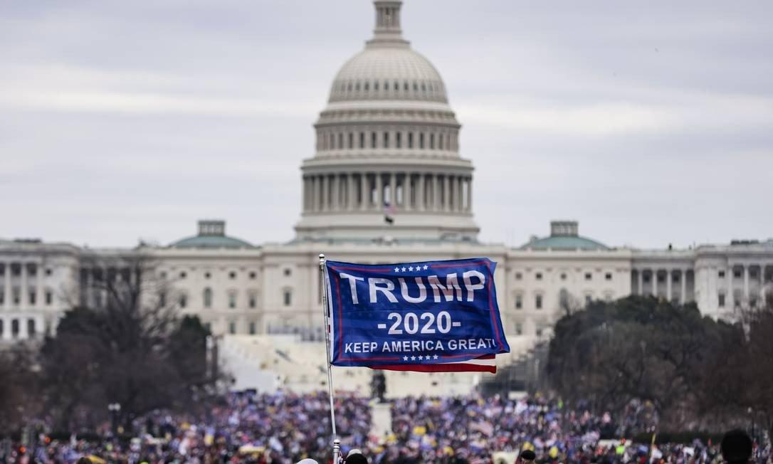 Trump supporters attack US Capitol photo: Samuel Quorum / AFP