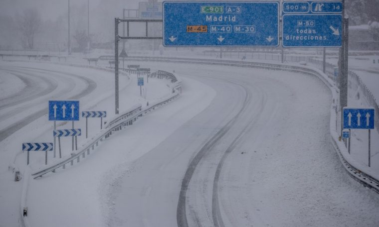 After the historic snowfall, Spain is preparing for an extraordinary cold wave.  world
