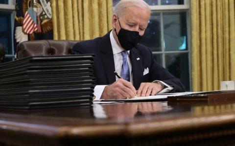 Biden's economic decrees include food aid and labor protection - ópoca Negócios