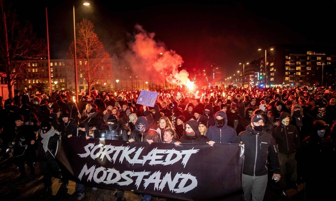 Danish talks former extremists protest government-imposed sanctions to counter the Kovid-19 epidemic in Copenhagen: MADS CLAUS RASMUSSEN / AFP - 23/01/2021