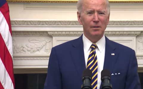 Biden pressures Congress to approve new economic package