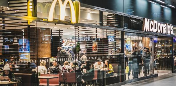 Senior man dies after McDonald stumbles during drive in Australia