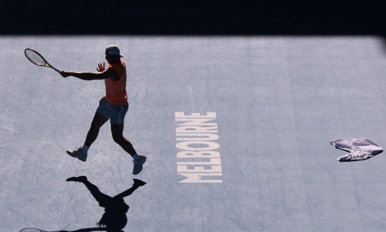 The Australian Open will have 30,000 spectators per day throughout the tournament.