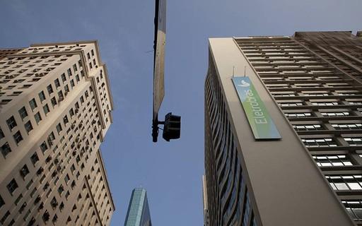 US judge dismisses suit against Eletrobas for compulsory loans - jectpoca Negócios