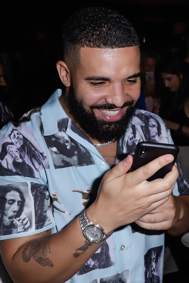 The virtual room conversations of Drake's choice have proved so popular that the voice-based platform regularly trends on Twitter.  (Photo: Getty Images)