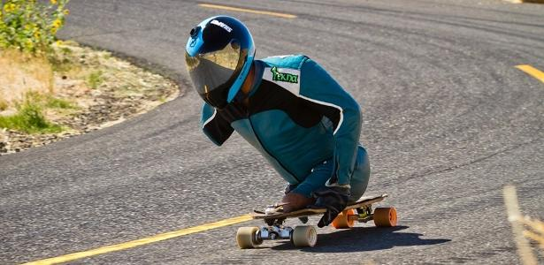 Skater without legs and with one hand 60 km / h - exceeds limit on slope on 02/16/2021