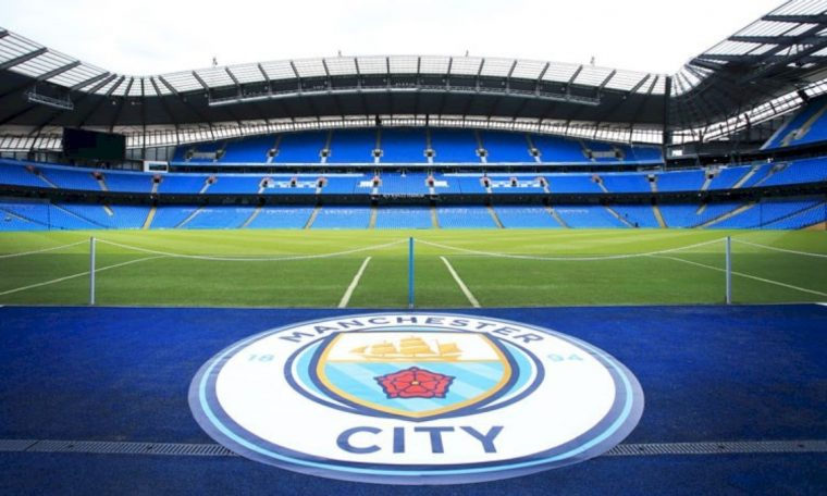 The Premier League director hopes that fans will return to the stadium soon.