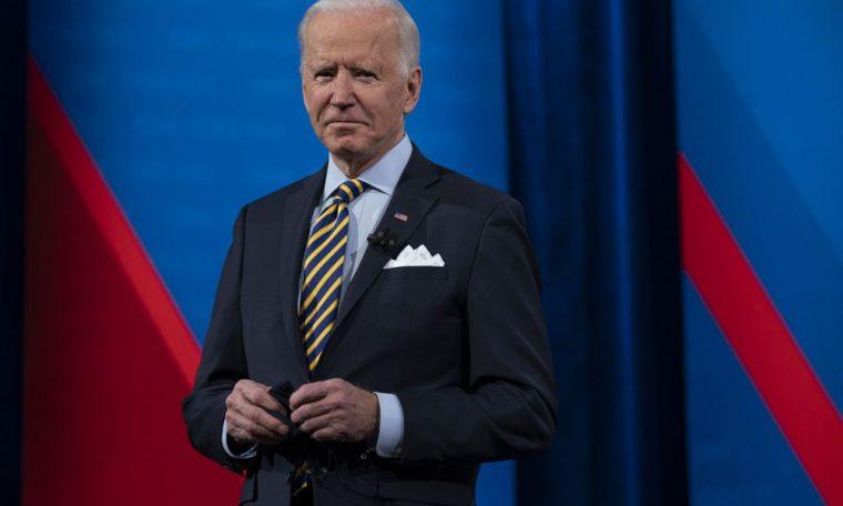 "Joe Biden, at his first international summit: ""Democratic progress is under attack in many places"".  International"