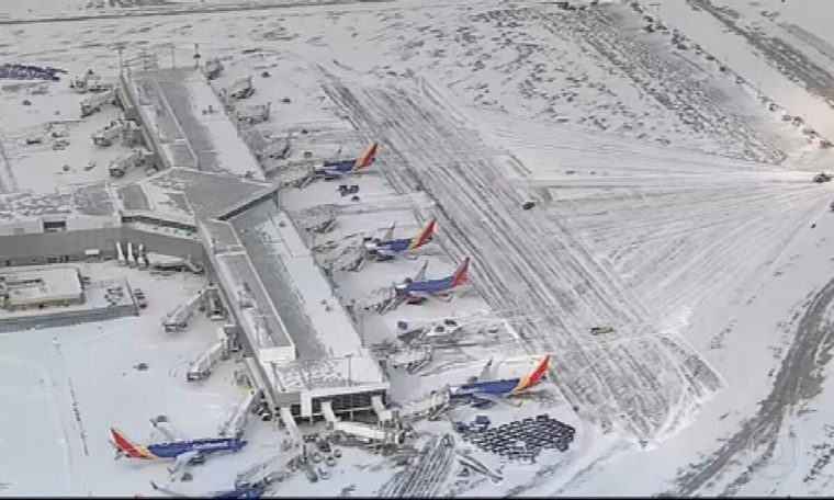 Cold wave affects 200 million people, spreads inconvenience and cancell flights in USA National newspaper