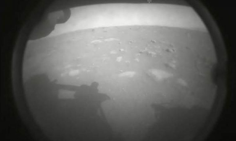 How the persistence robot sends images of Mars (and why the former was so bad).  Science and health