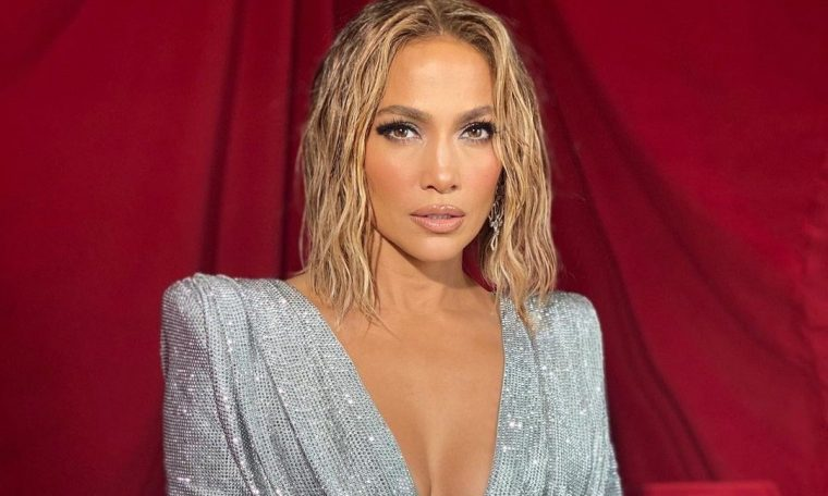 Jennifer Lopez will be a killer in a new Netflix film;  know more