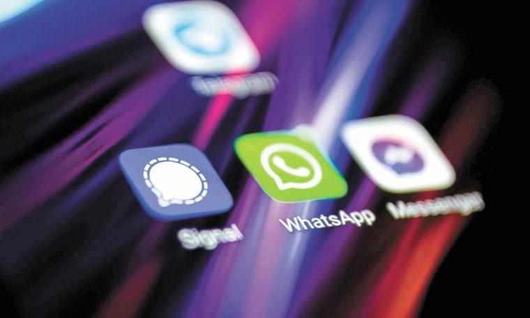 Expertos: redes sociales, un servicio privado, no público