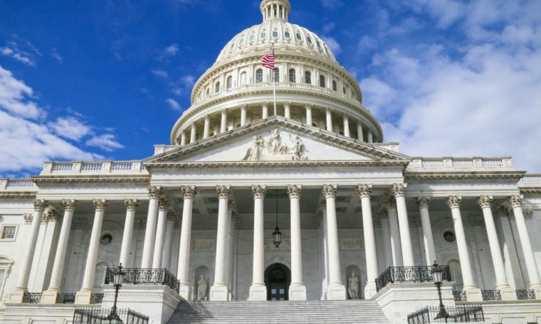 US House Approves $ 1.9 Trillion Package to Fight Coronovirus