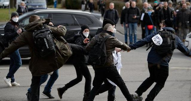 Protesto Kassel Alemanha Coronavírus