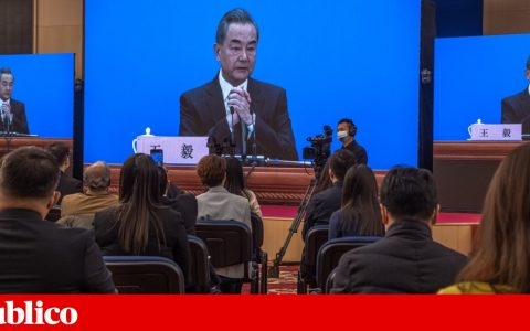 """China defended reforms in Hong Kong's electoral system and highlighted """"bright future"""" Asia"""