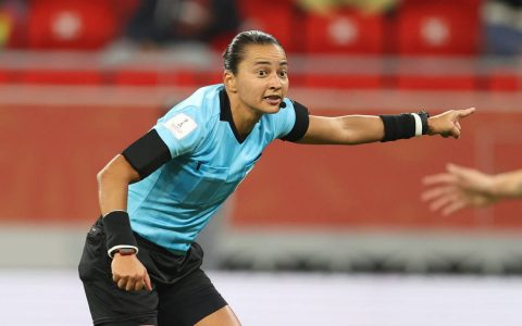 Edina Alves to be the first woman to whistle a Corinthians x Palmyras - 03/01/2021 - Sports