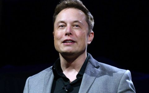 Elon Musk (KEVORK DJANSEZIAN/GETTY IMAGES)