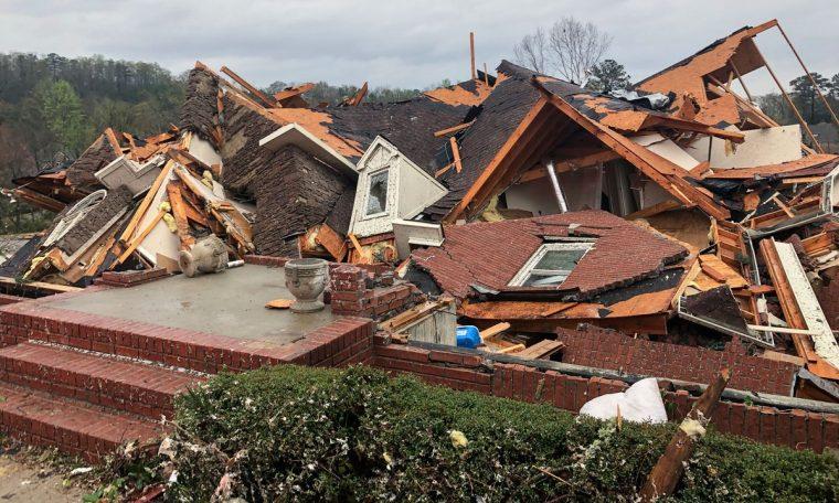 Tornados Leave 5 Dead Worlds in Alabama, USA