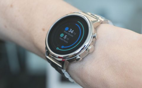 Google's Wear OS supports sun protection features on smartwatches