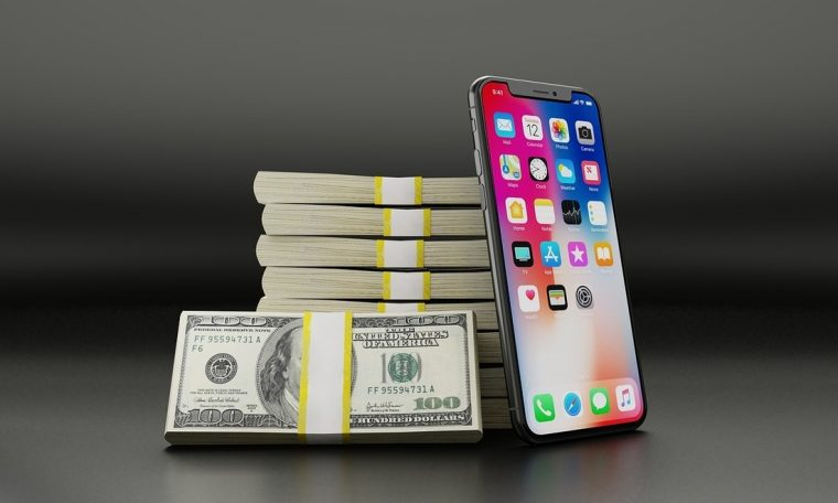 Apple Vs.  Brings epic figures and mutual accusations to light…