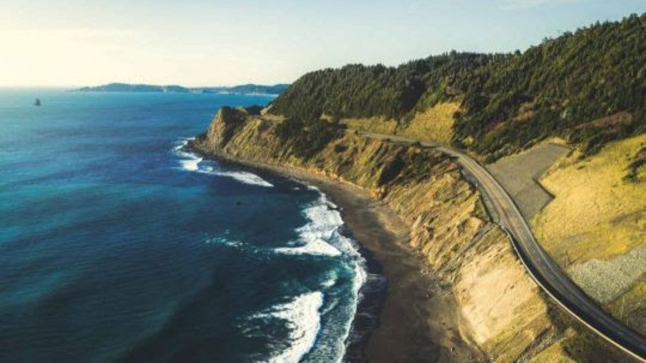Oregon Coast is on the shores of the Pacific Ocean