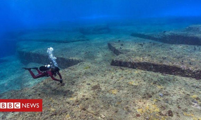 Mysterious underwater 'city' in Japan