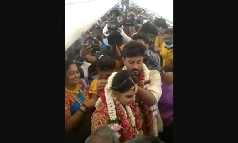 Video: Airplane wedding with 130 guests in the midst of an epidemic.  world