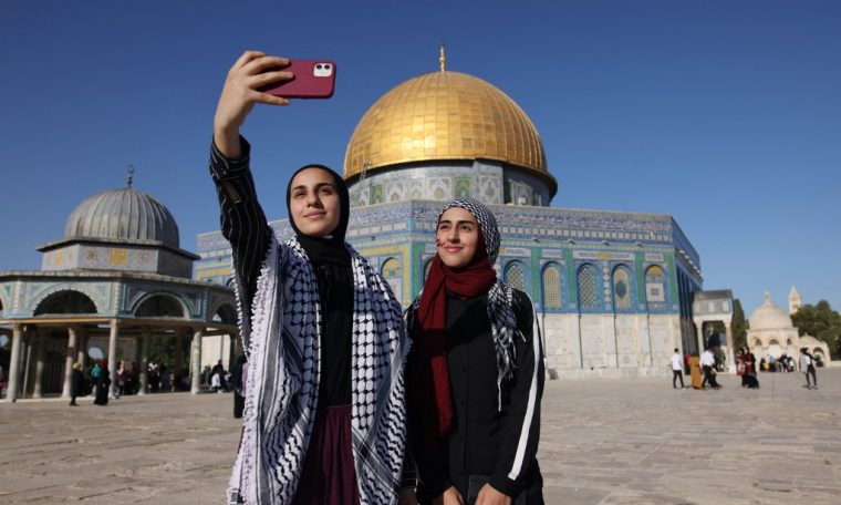 Instagram gives a reason for deleting posts from al-Aqsa