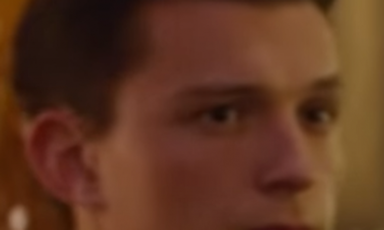 The scene from Uncharted features Tom Holland and Mark Wahlberg aesthetically;  Eye