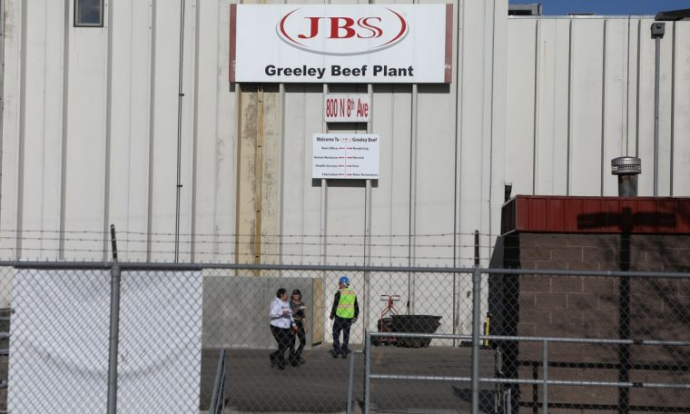 JBS US employees have to manually chop meat as machinery stalls after hacker attack, agency says.  agribusiness