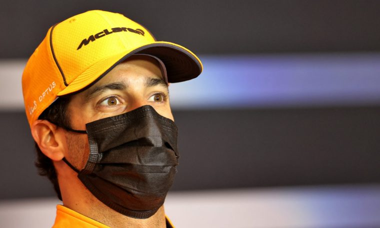 Brazilian GP.  Daniel Ricciardo calls for Melbourne F1 race reverse project amid uncertainties