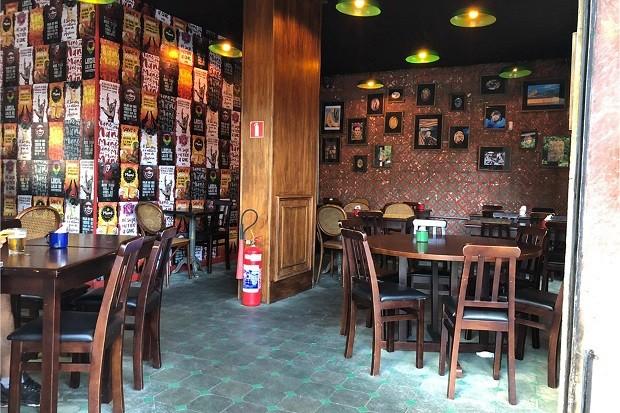 Inside Mane Bar in Flamengo (Photo: Promotions)