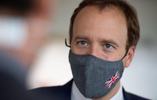 Matt Hancock wearing a mask