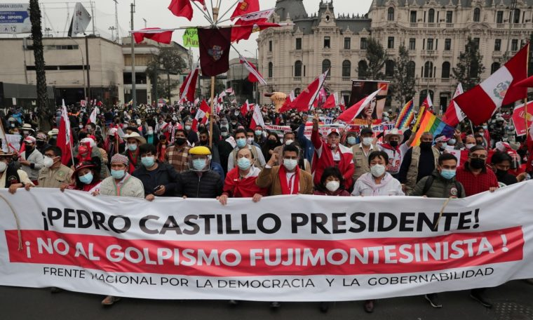 Supporters of Pedro Castillo and Keiko Fujimori took to the streets;  Elections in Peru continue without official winner |  world