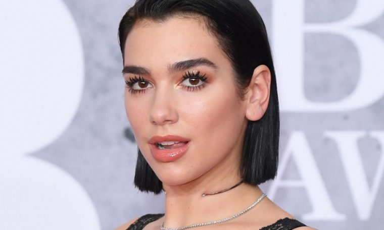 Dua Lipa recognized as the most played artist of 2020 in the UK