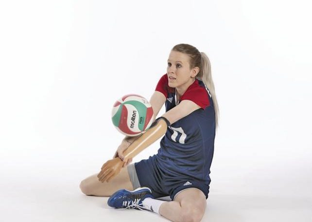 Edwards gets the business of sitting in volleyball