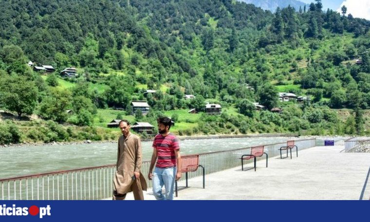 "India pledges to give ""state"" status to Kashmir - DNOTICIAS.PT"
