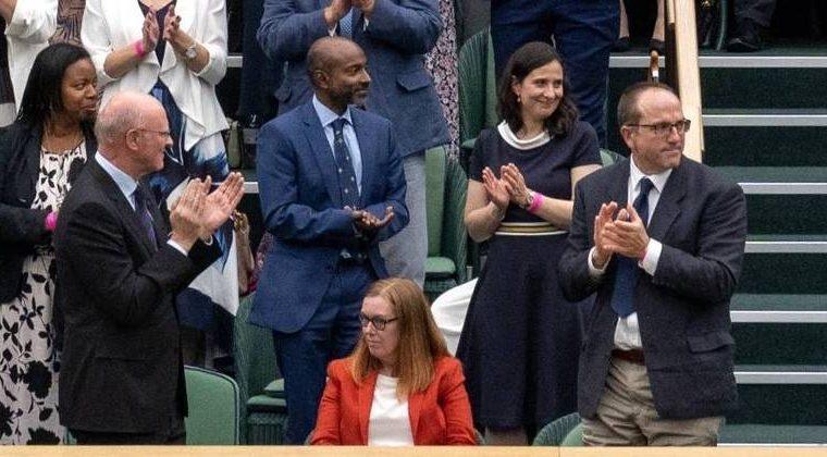 Oxford vaccine scientist applauds at Wimbledon