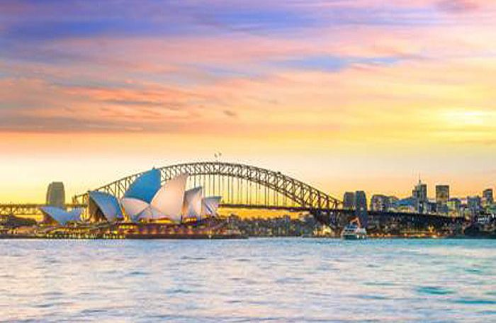 Australia will only reopen for tourism in 2022