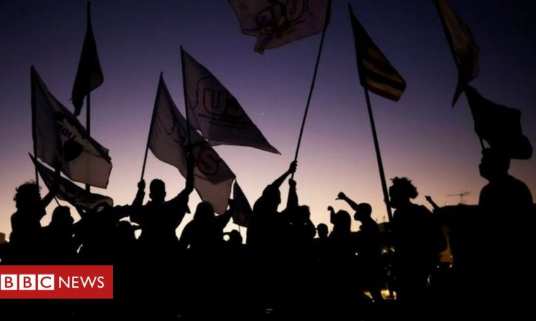Brazilians lead world ranking of sensation of living in 'falling country'