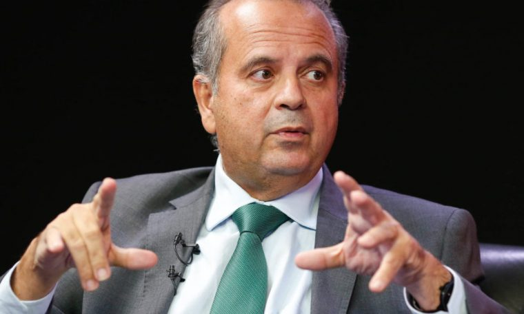 """""""He went in and out quietly,"""" says Rogerio Marinho of a meeting with Jair Renano"""