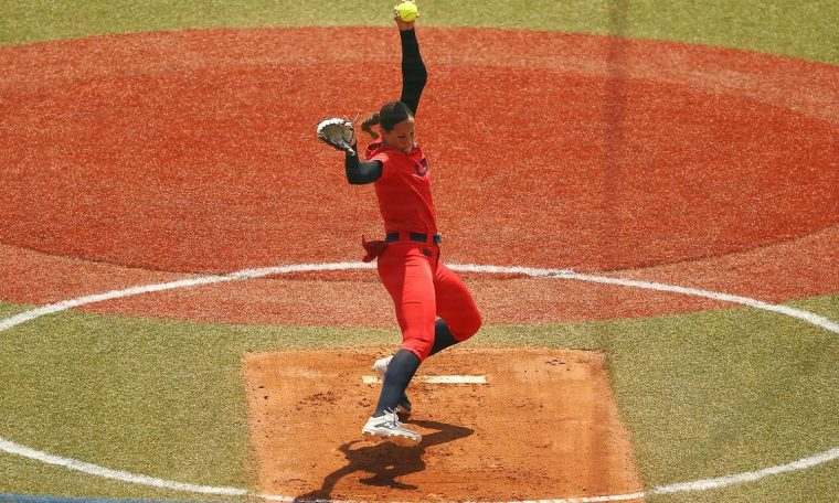 Japan and America win in the first round of softball - Photos