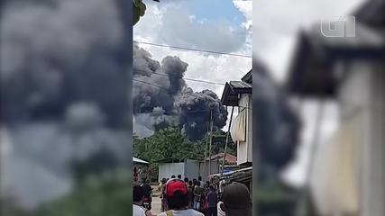 VIDEO: Dead in military plane crash on island of southern Philippines