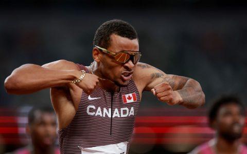 Canada's Andre de Grasse wins 200m event
